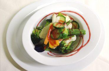 Verdure croccanti al vapore con riduzione di lampone | Piè del Dòs - Gussago